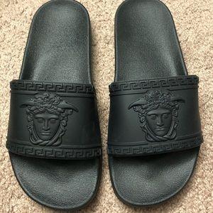 Shoes - Black Slide Sandal with Medusa Design